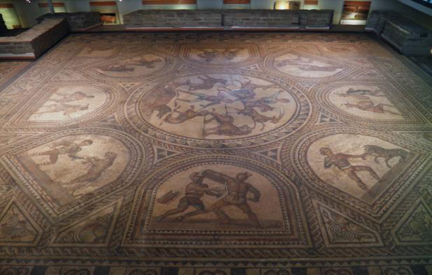 galleria-borghese-gladiators-mosaic